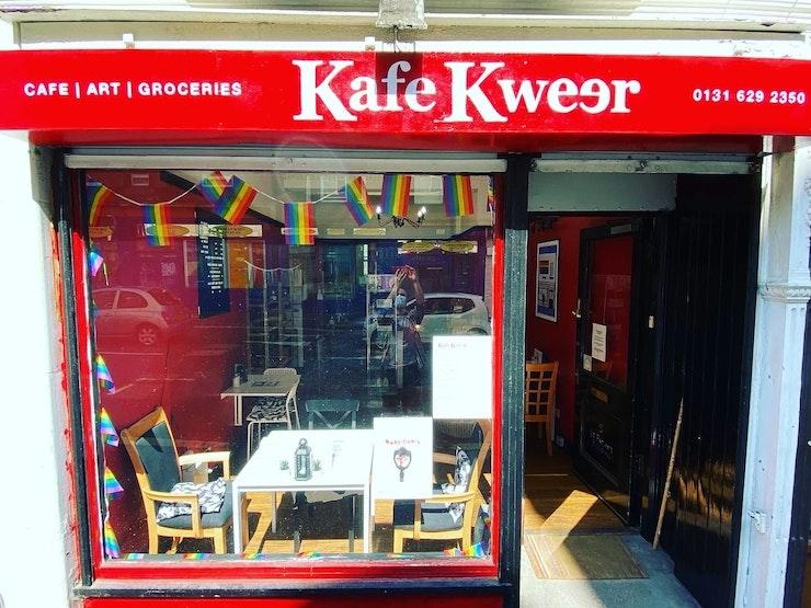 Kafe Kweer front