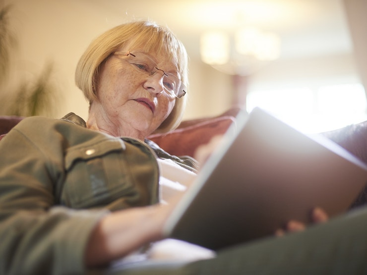 Senior Woman Using Ipad Istock 854212390