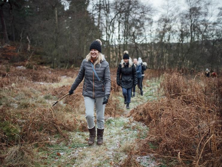 Women Walking Istock 1014822692
